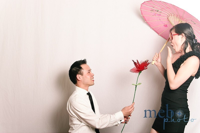 Guys seem to just get romantic in the photobooth!