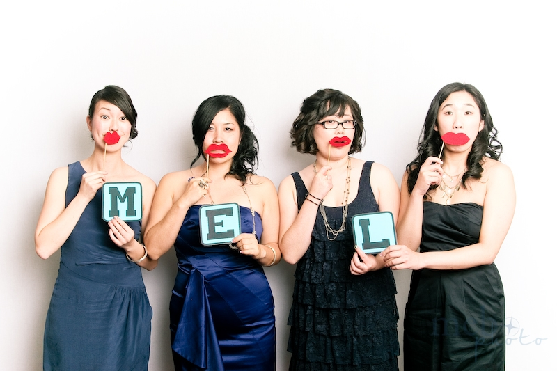 Kissie lips for Mel - love her bridesmaids!