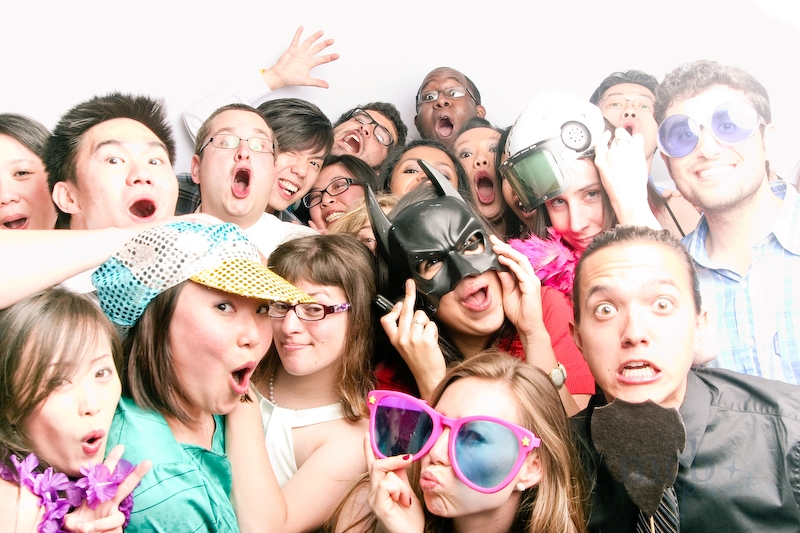 20 people were able to squeeze their way into the photobooth! An ultimate high!