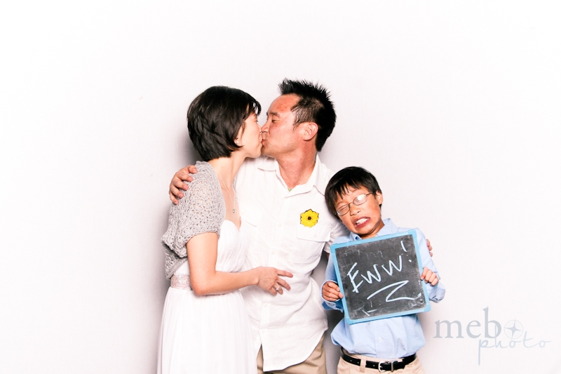 MeboPhoto-Andy-Joyce-Wedding-Photobooth-2