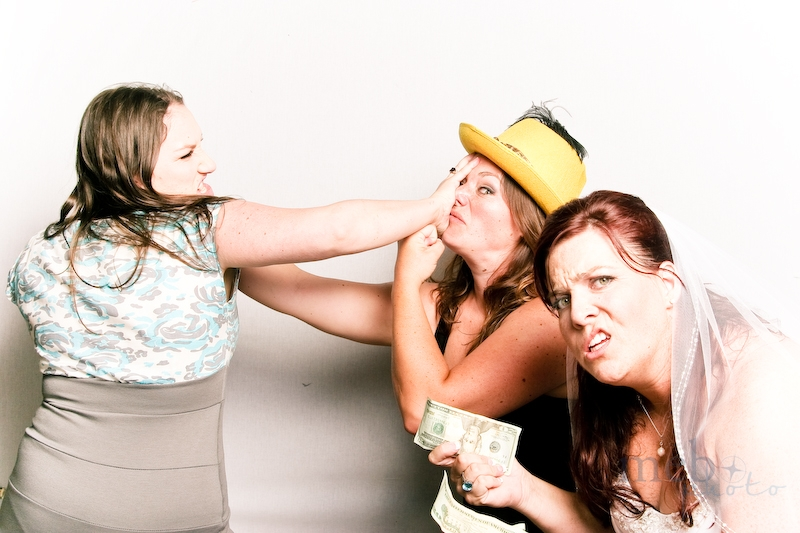 MeboPhoto-Sonny-Raegan-Wedding-Photobooth-13