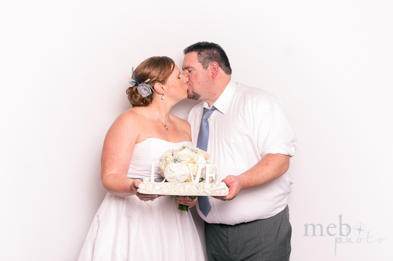 MeboPhoto-Ryan-Coral-Wedding-Photobooth-1