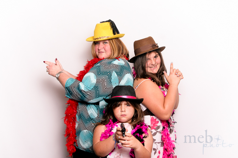 MeboPhoto-Ryan-Coral-Wedding-Photobooth-10