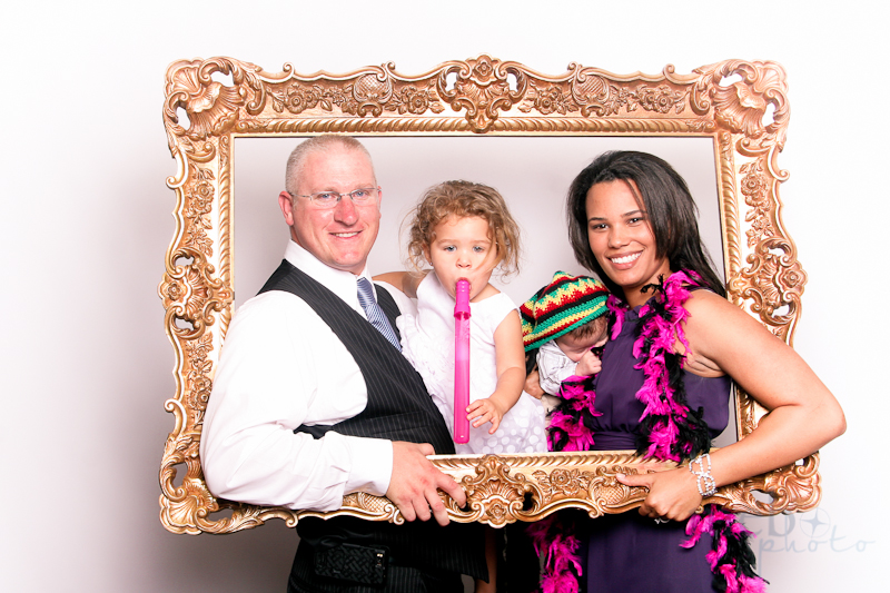 MeboPhoto-Ryan-Coral-Wedding-Photobooth-12