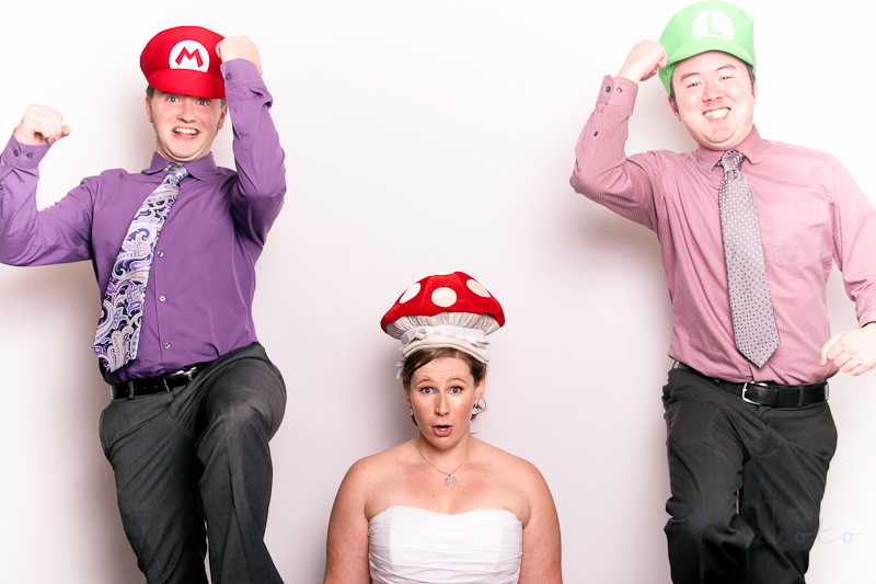 MeboPhoto-Ryan-Coral-Wedding-Photobooth-14