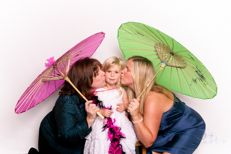 MeboPhoto-Ryan-Coral-Wedding-Photobooth-19