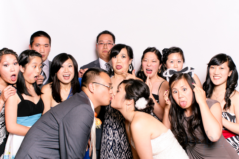MeboPhoto-Joseph-Kristen-Wedding-Photobooth-15