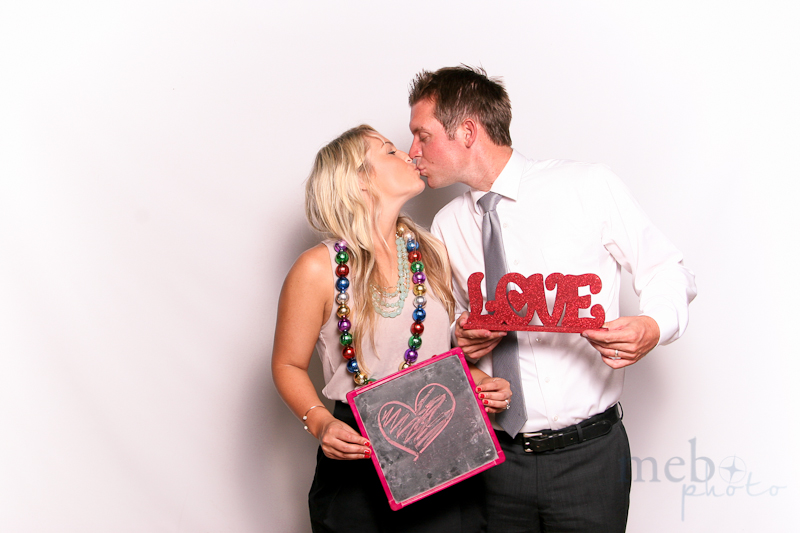 MeboPhoto-Brad-Ashley-Wedding-Photobooth-11