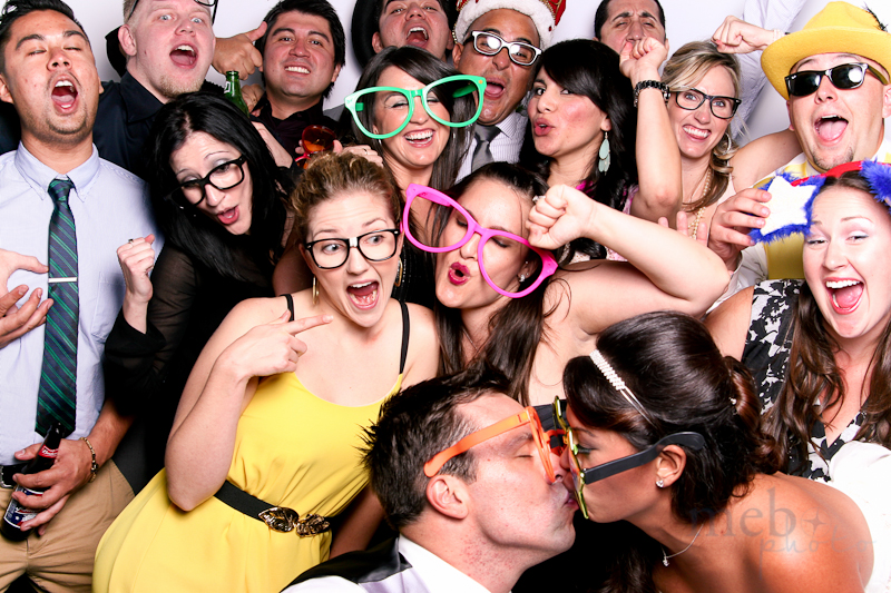 MeboPhoto-Justin-Lorraine-Wedding-Photobooth-4