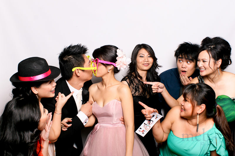 MeboPhoto-James-Amanda-Wedding-Photobooth-2