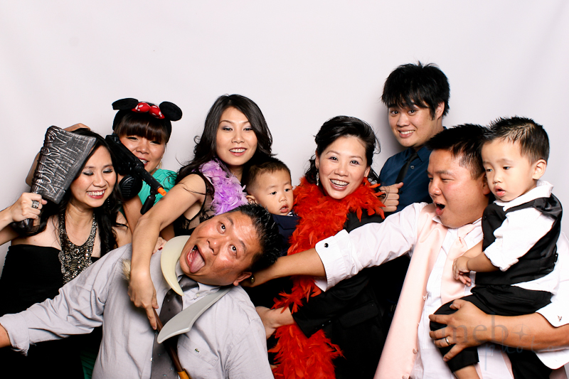 MeboPhoto-James-Amanda-Wedding-Photobooth-5