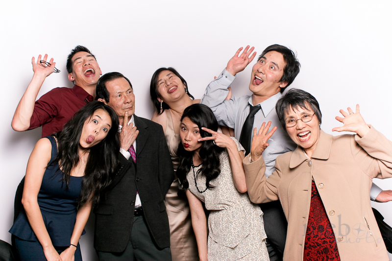 MeboPhoto-Jim-April-Wedding-Photobooth-11