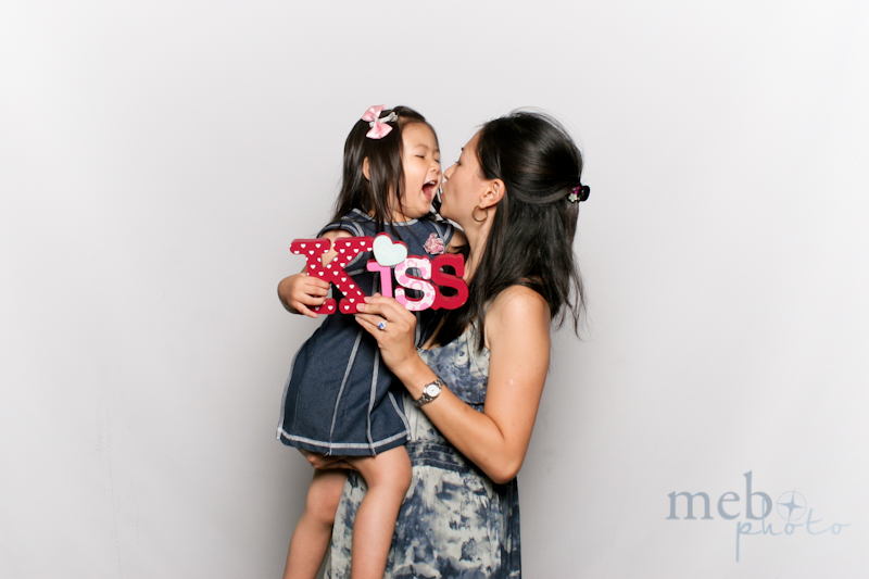 MeboPhoto-James-Mimi-Wedding-Photobooth-13