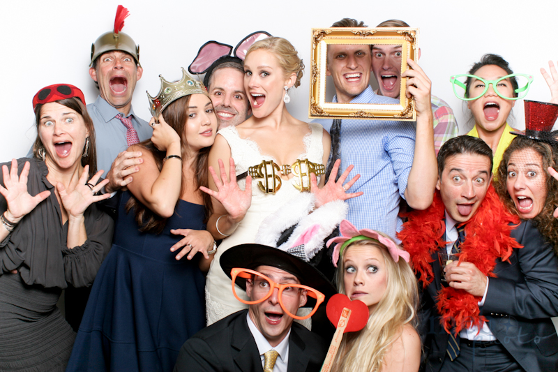 MeboPhoto-Mike-Mary-Wedding-Photobooth-8