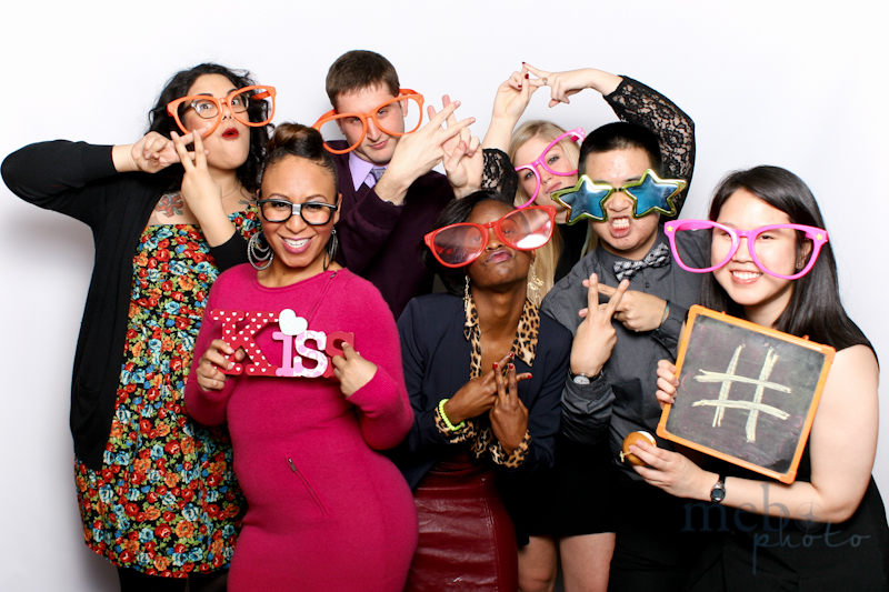 MeboPhoto-Mindshare-Holiday-Party-Photobooth-8