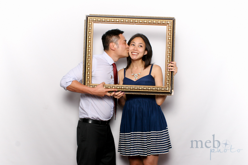 MeboPhoto-Johnson-Vy-Wedding-Photobooth-25