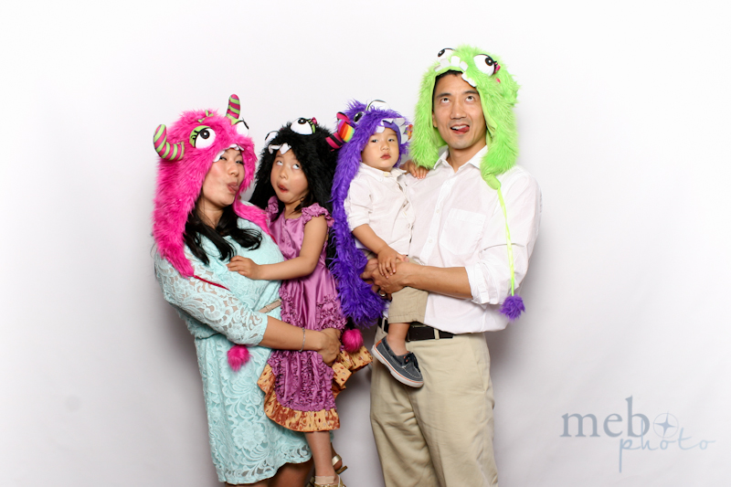 MeboPhoto-Johnson-Vy-Wedding-Photobooth-28