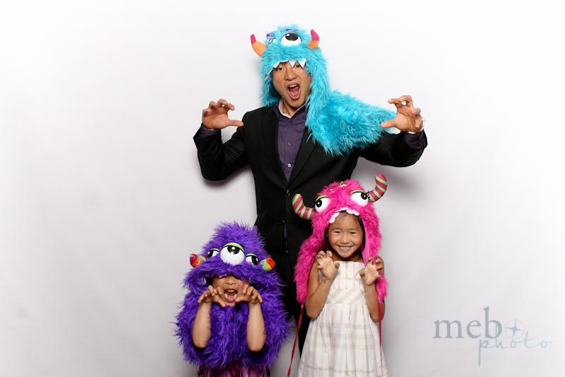 MeboPhoto-Johnson-Vy-Wedding-Photobooth-29