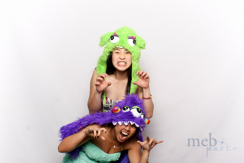 MeboPhoto-Johnson-Vy-Wedding-Photobooth-33