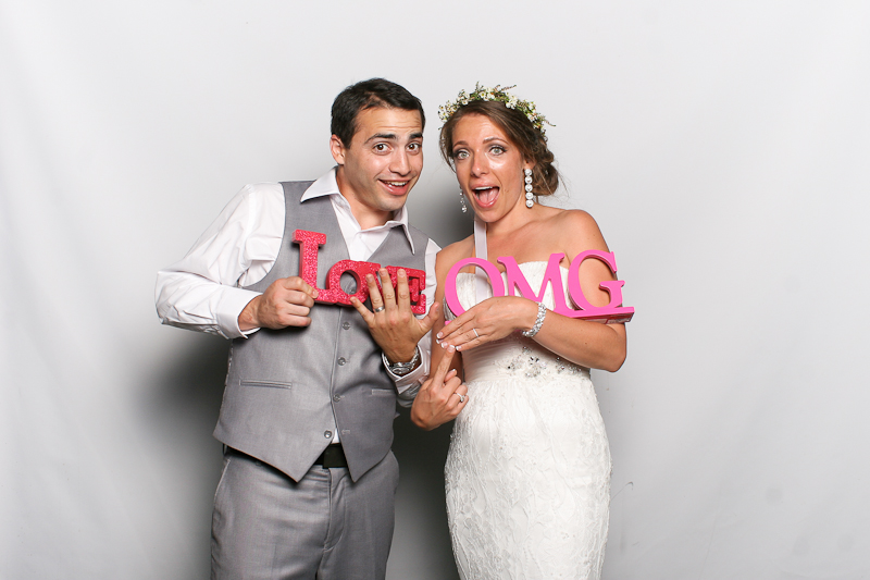 MeboPhoto-Christopher-Michelle-Wedding-Photobooth-1