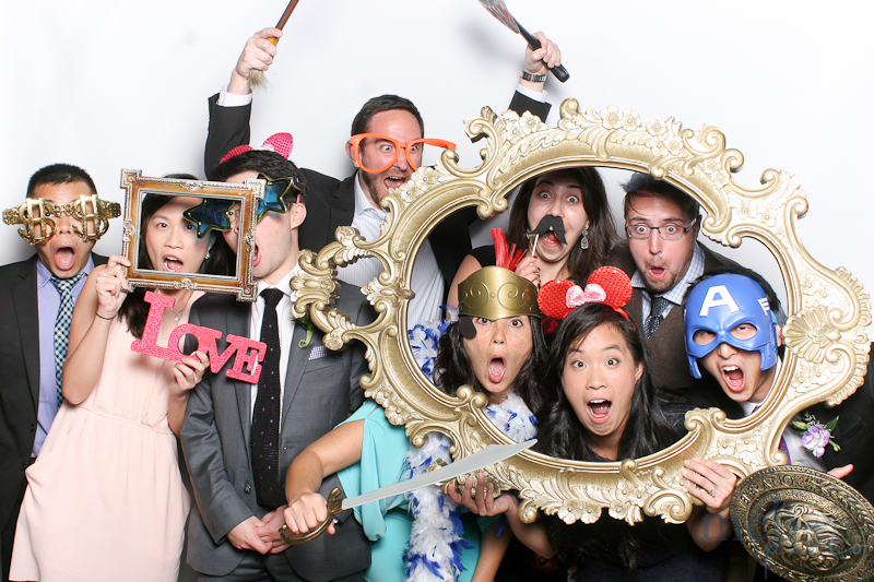 MeboPhoto-Richard-Leanne-Wedding-Photobooth-8