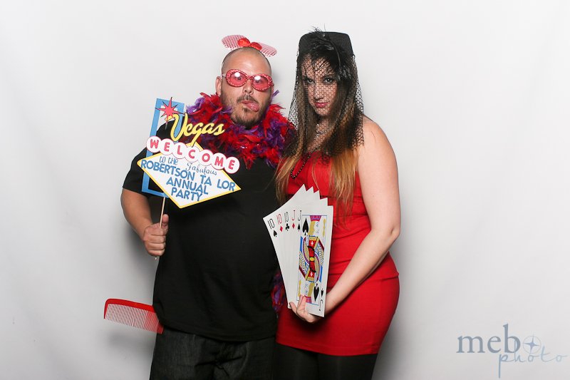 mebophoto-robertson-taylor-holiday-party-photobooth-14