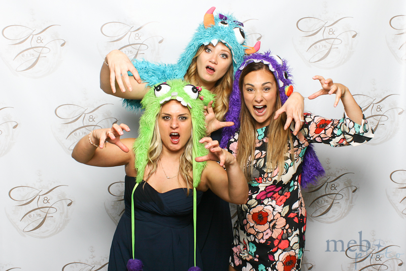 MeboPhoto-Scott-Kaitlin-Wedding-Photobooth-37