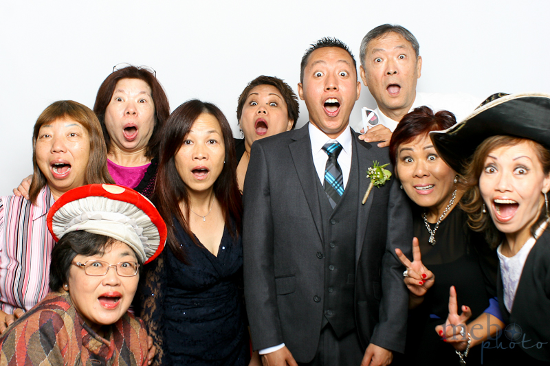 MeboPhoto-Johnny-Lucy-Wedding-Photobooth-15