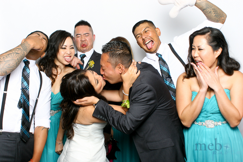 MeboPhoto-Johnny-Lucy-Wedding-Photobooth-17