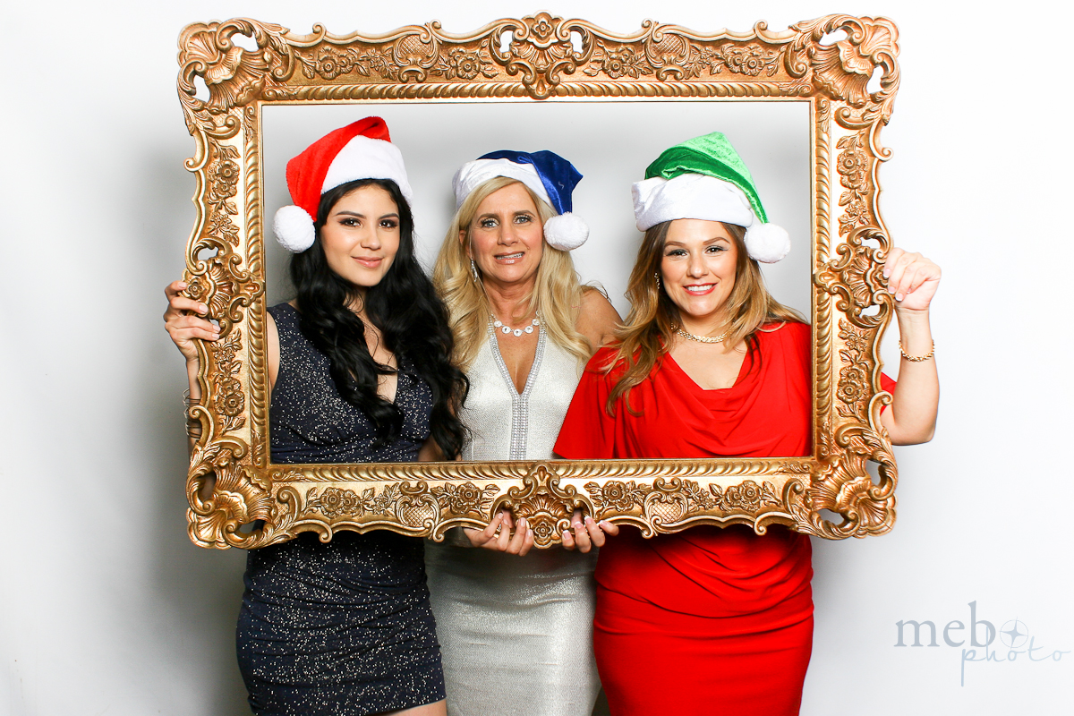 MeboPhoto-San-Dimas-Costco-Holiday-Party-Photobooth-113