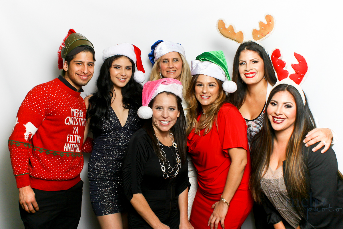 MeboPhoto-San-Dimas-Costco-Holiday-Party-Photobooth-114