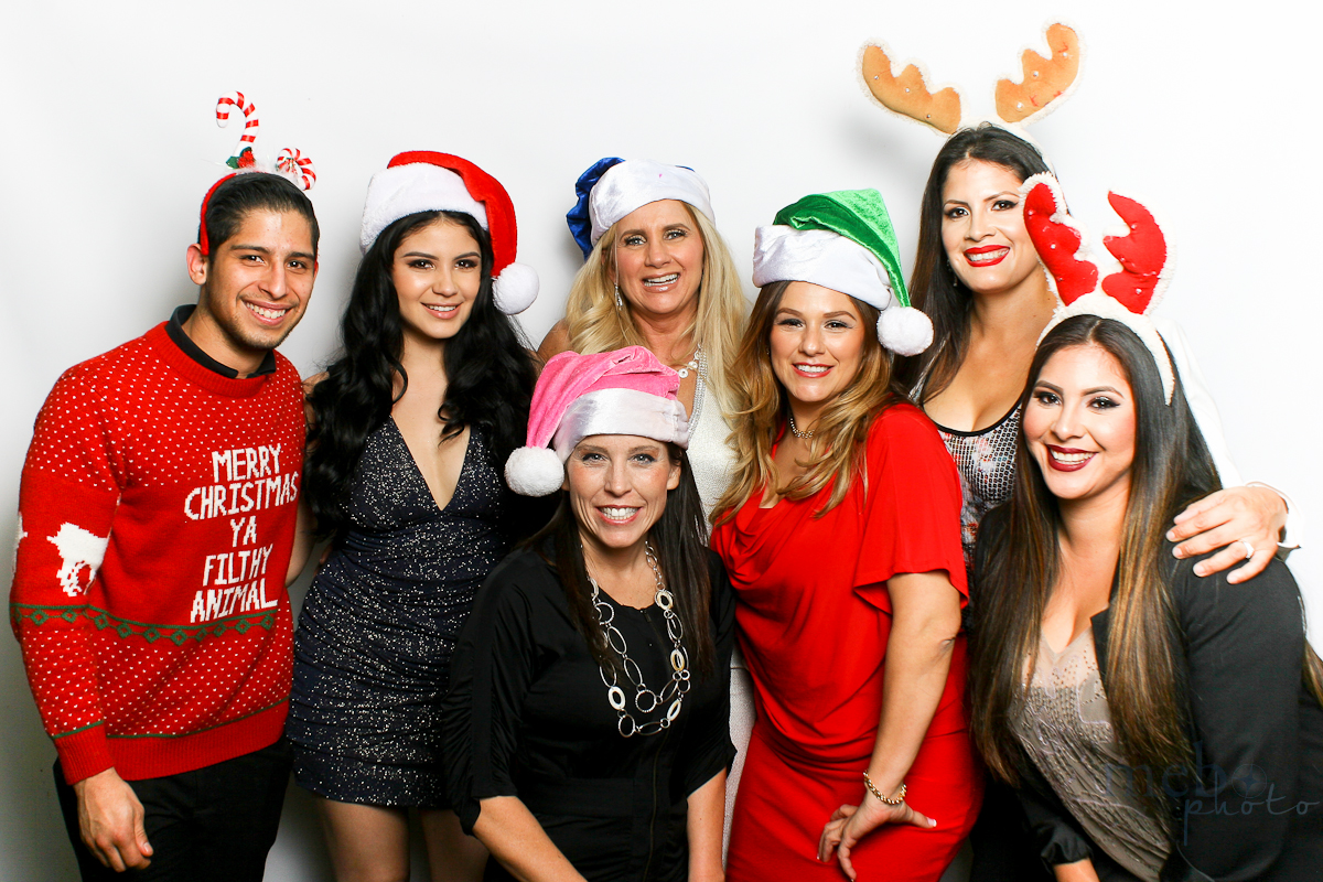 MeboPhoto-San-Dimas-Costco-Holiday-Party-Photobooth-115