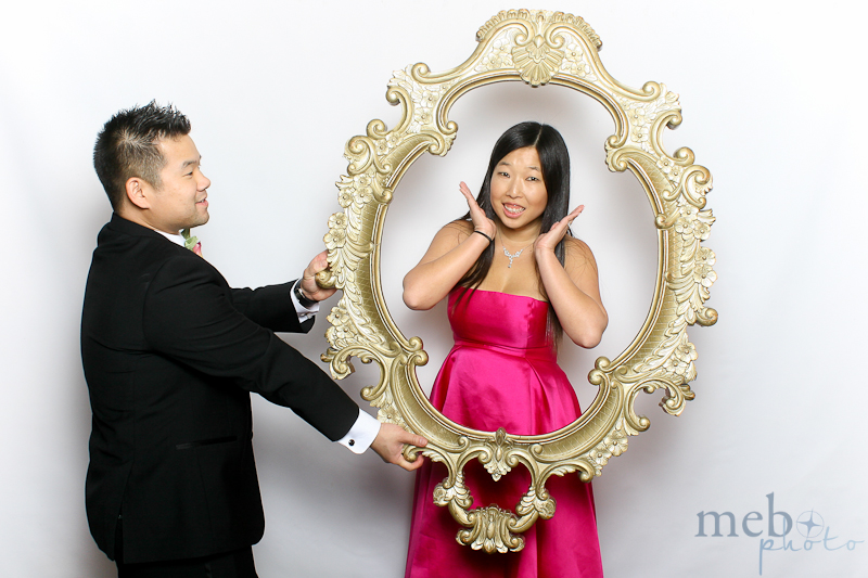 mebophoto-mike-candice-wedding-photobooth-11
