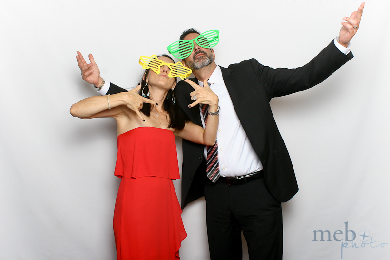 mebophoto-mike-candice-wedding-photobooth-34