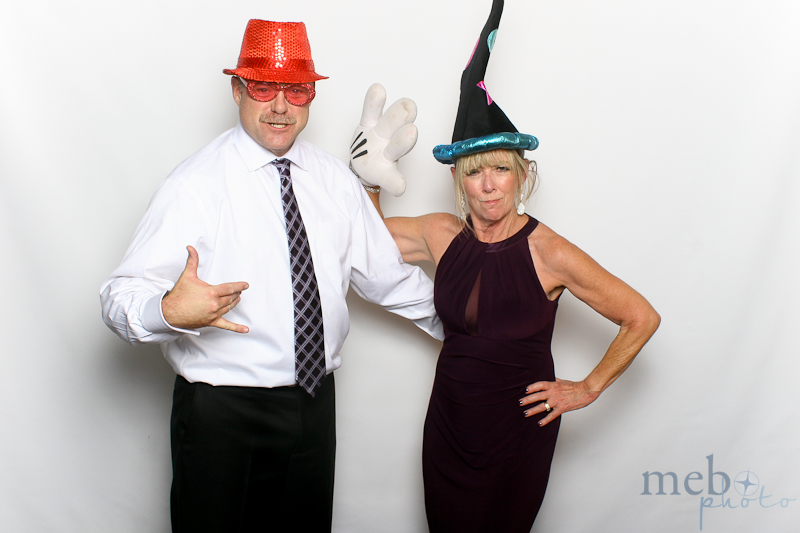 mebophoto-mike-candice-wedding-photobooth-36