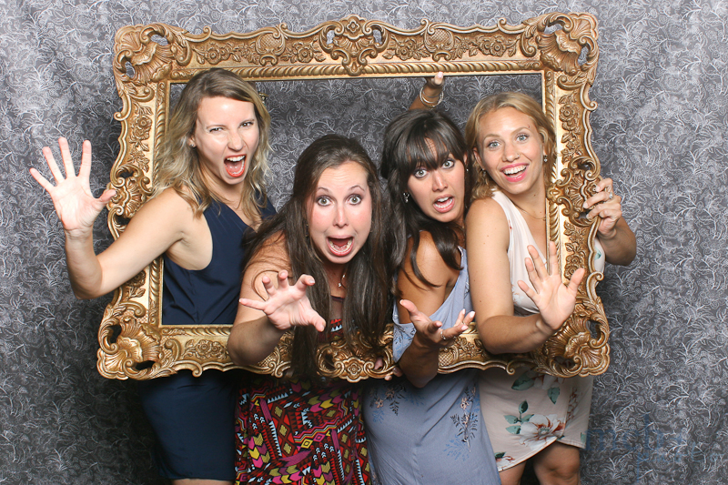 MeboPhoto-George-Sarah-Wedding-Photobooth-3